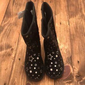 Airwalk Shoes - NWT AIRWALK EMMA Boot